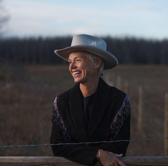 Doris Daley-Poet, Speaker, Traveler